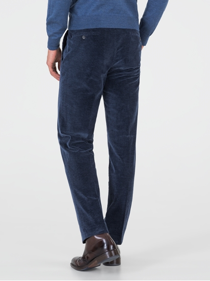Image sur Pantalon contemporary fit en velours côté PARMA