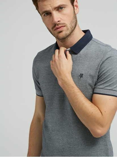 Bild von Polo-Shirt im Shaped Fit mit Struktur