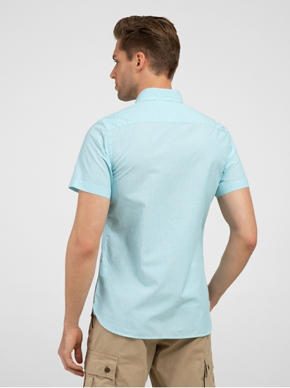 Bild von Hemd mit Streifen
