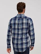Image sur Chemise motif à carreaux