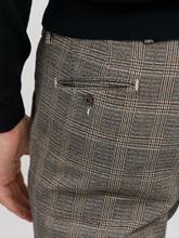 Image sur Chino Slim Fit motif à carreaux