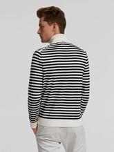 Bild von Pullover mit Rollkragen und Streifen