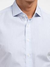 Bild von Hemd mit Streifen und Ellbogen-Patches im Slim Fit