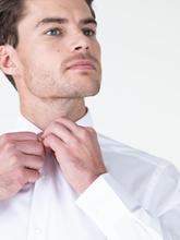 Image sur Chemise Slim Fit légèrement rayée