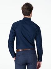 Bild von Hemd im Extra Slim Fit mit verdeckter Knopfleiste