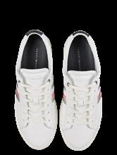 Bild von Sneakers mit Stickerei