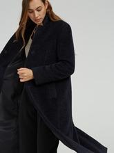 Bild von Wollmantel mit Alpaka-Wolle