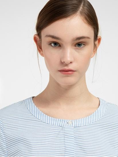 Bild von Kleid mit Streifen und Stickerei