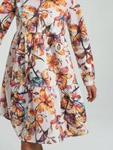 Bild von Kleid mit Blumen-Print und Volants