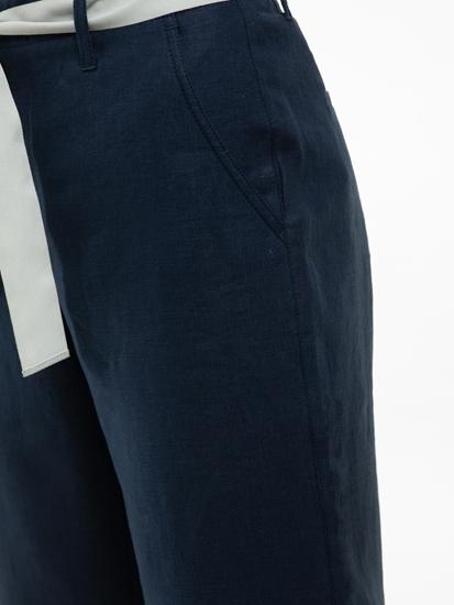 Bild von Hose aus Leinen mit Gurt