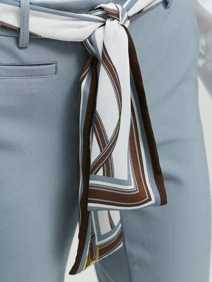 Image sur Chemise Slim Fit et ceinture à nouer
