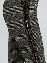 Bild von Hose mit Glencheck-Karo und seitlichen Streifen RHONA