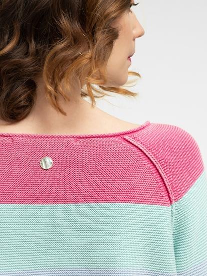 Bild von Strickpullover mit Streifen