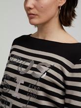 Bild von Pullover mit Print und Strasssteinen