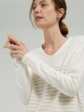 Bild von Pullover mit Streifen und Glitzer-Applikation HENNY