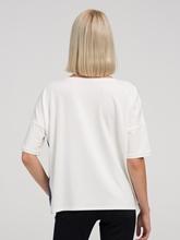 Image sur T-shirt et pierres de strass