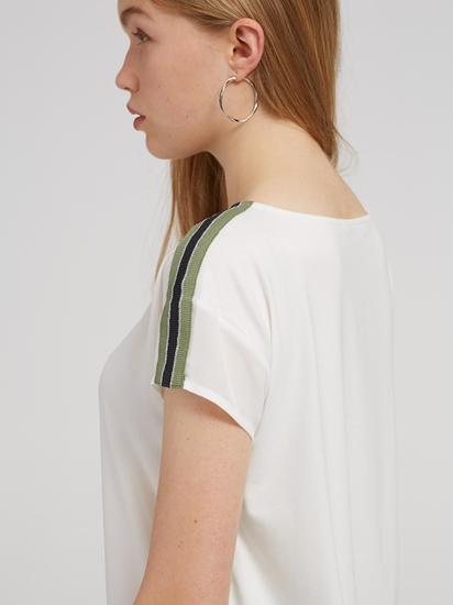 Bild von Blusenshirt aus Material-Mix mit seitlichem Streifen