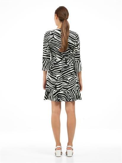 Bild von Kleid mit Volant und Zebra-Print