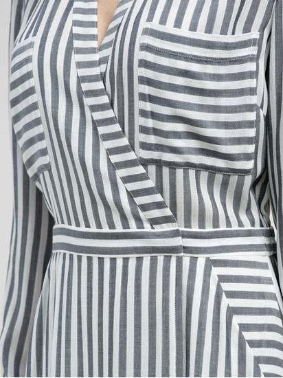 Bild von Wickelkleid mit Streifen