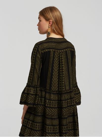 Bild von Kleid mit Ethnomuster