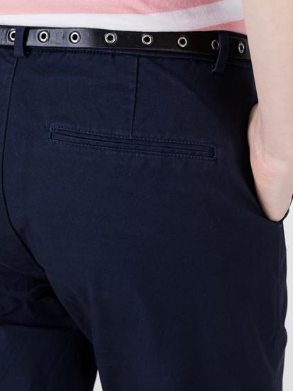 Image sur Chino Slim Fit avec ceinture