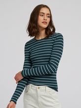 Bild von Pullover mit Streifen und Rippen
