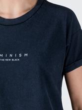 Bild von T-Shirt mit Slogan
