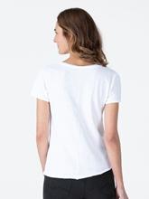 Bild von T-Shirt aus Flammgarn mit offenen Säumen