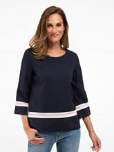 Bild von Shirt mit Streifen und Volant am Ärmel
