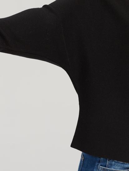 Bild von Pullover mit Fledermausärmeln