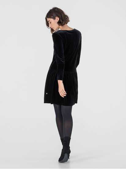 Bild von Kleid aus Samt mit Schösschen