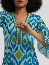 Bild von Gemustertes Tüllkleid mit Strass-Details