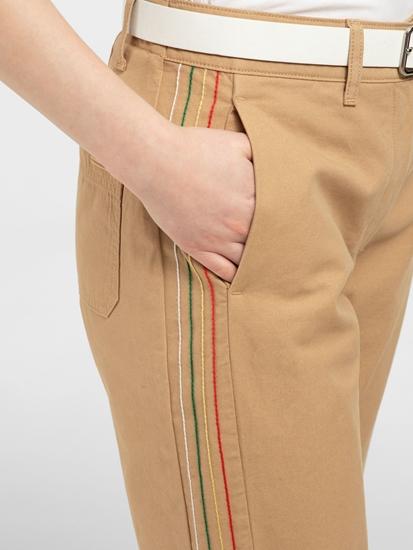 Image sur Pantalon chino à rayures latérales
