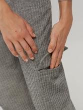 Bild von Hose mit aufgesetzten Taschen MILDA