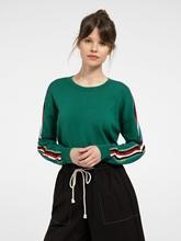 Bild von Pullover mit Streifen am Ärmel