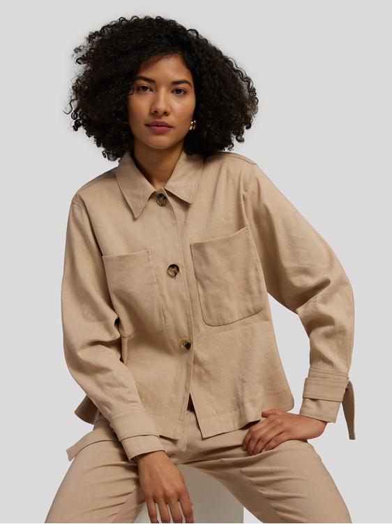 Bild von Leichte Jacke in Hemd-Form