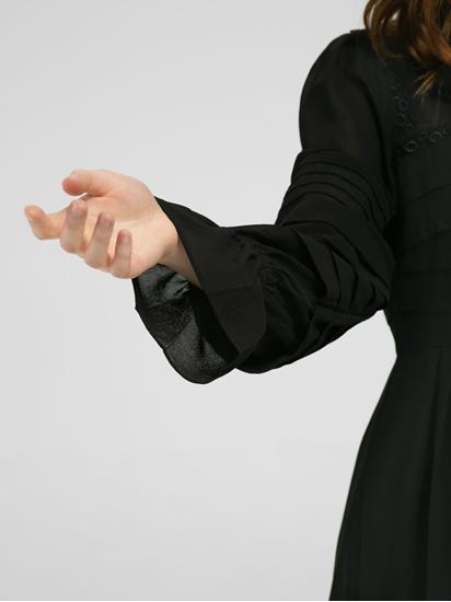Image sur Robe avec dentelle et plissé