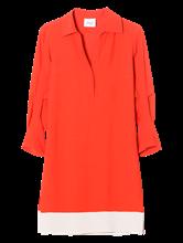 Bild von Kleid mit Kontrastsaum