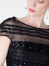 Bild von Cocktailkleid mit Pailletten