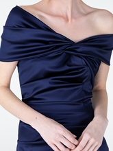 Bild von Cocktailkleid aus Satin