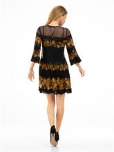 Bild von Kleid mit Plissee und Print