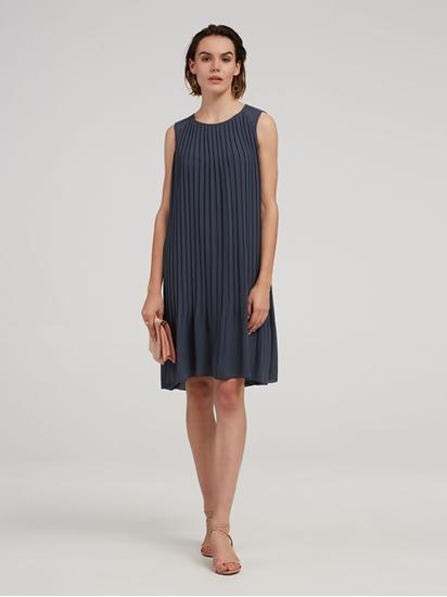 Bild von Kleid mit Plissee