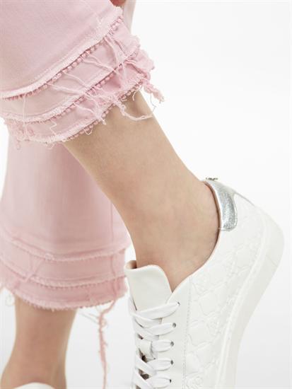 Bild von Jeans mit offenen Saum und Fransen