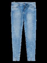 Bild von Jeans mit Nieten