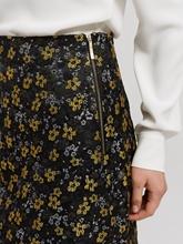 Image sur Mini jupe en brocart avec motif floral