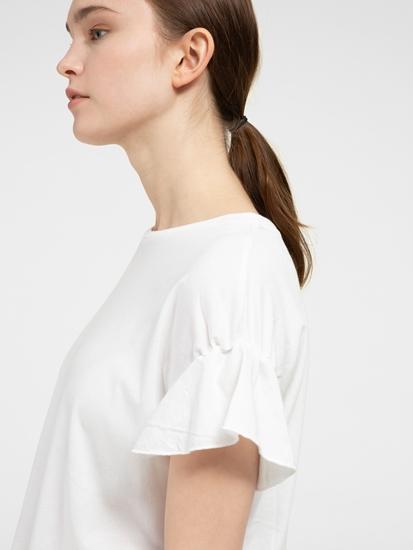 Image sur T-shirt avec volants aux manches