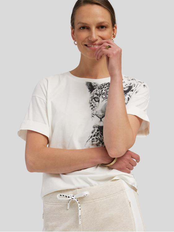 Image sur T-shirt avec motif léopard