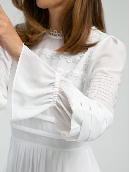 Bild von Bluse mit Spitzen