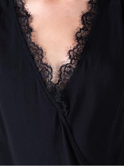Image sur Top à dentelle style cache-coeur