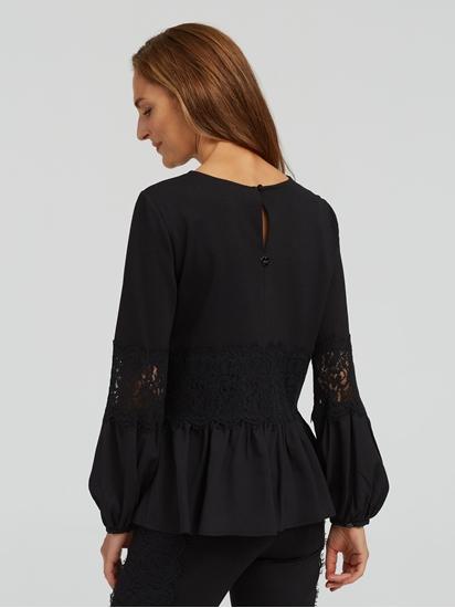 Bild von Shirt mit Spitze und Volant